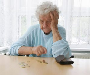 Пенсионерка из Саратова взяла кредит, чтобы проводить сына в армию, а после того как его ранили, подала на банкротство